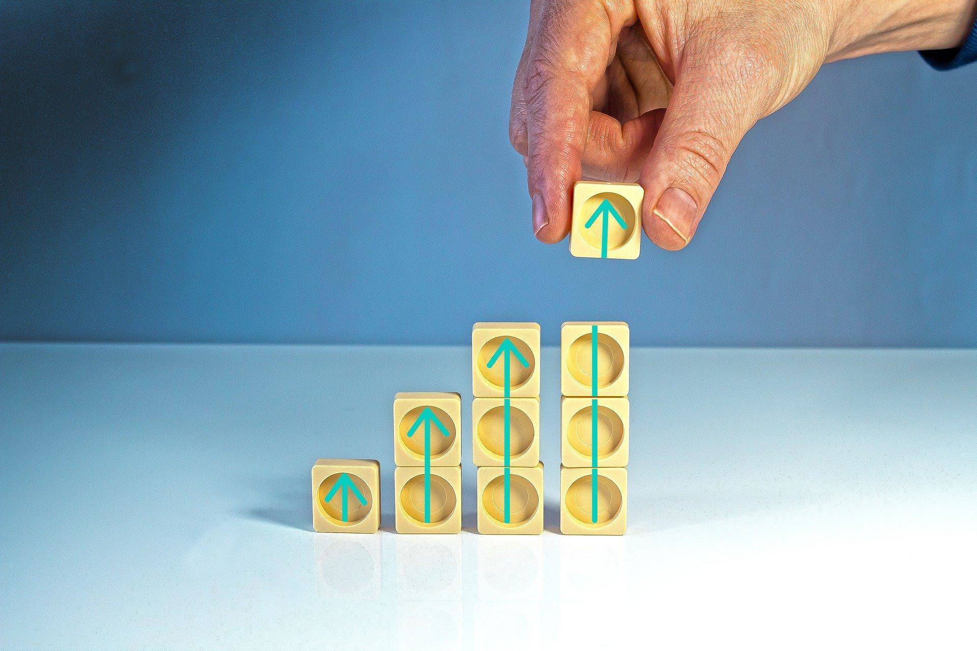 stacking plastic squares