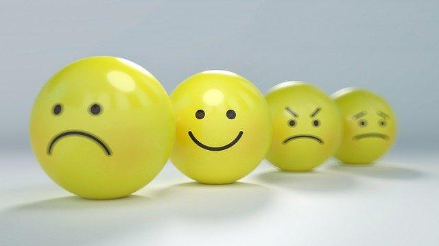 smiley emoticon balls